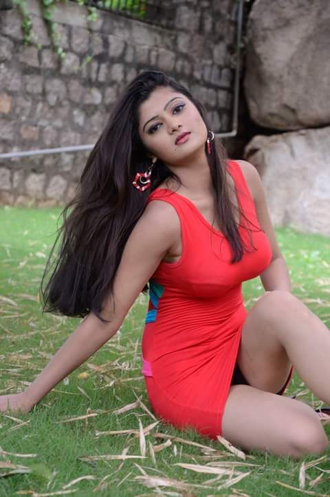 Sexy Unseen Indian Girls Pic Red Hot Model In Mini Skirt -9891