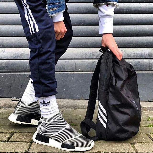 4 638 Mentions J Aime 18 Commentaires Streetwear Germany Streetwearde Sur Instagram Details Latest Mens Wear Latest Mens Fashion Mens Fashion Shoes