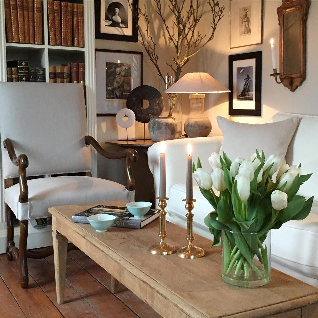 Belgian style living room with linen & cashmere fabrics ...