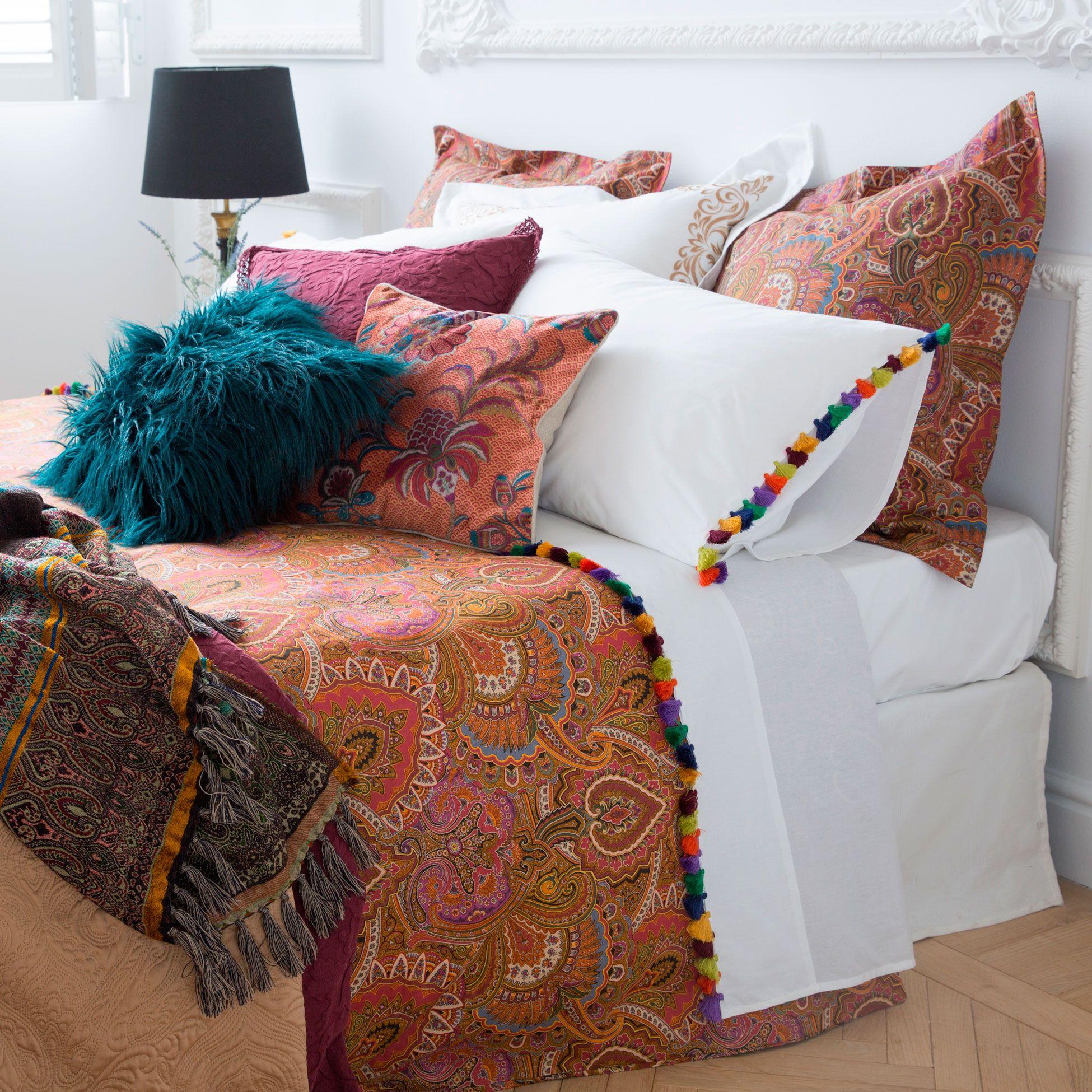 linge de lit percale coton gyptien pompon linge de lit. Black Bedroom Furniture Sets. Home Design Ideas