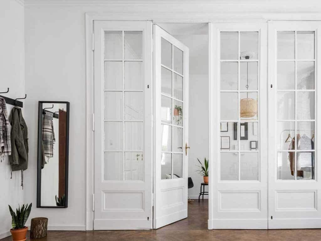 ازاى تختار ابواب الاكورديون الداخلية Decor Home Home Decor