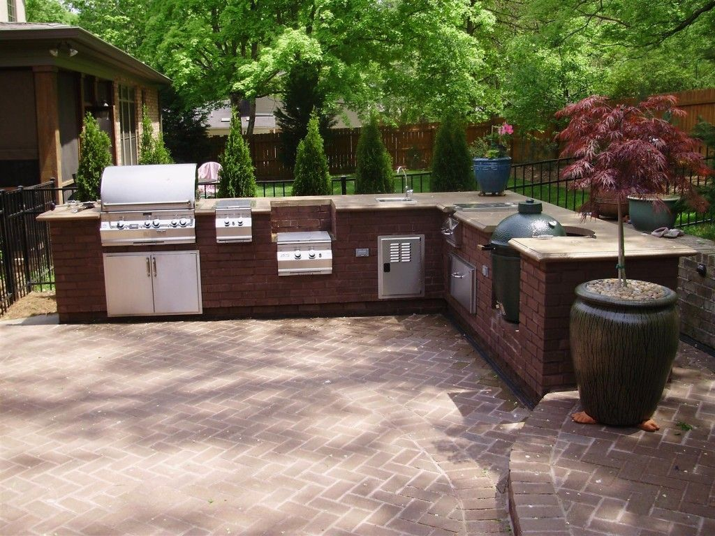 kitchen appealing outdoor kitchen ideas with brick sectional and big barbecue grill also free standing gas stove with green egg and granite countertop also - Outdoor Grill Design Ideas