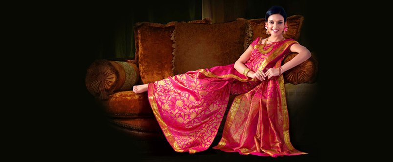 Such a cheerful shade of pink! I love this saree.