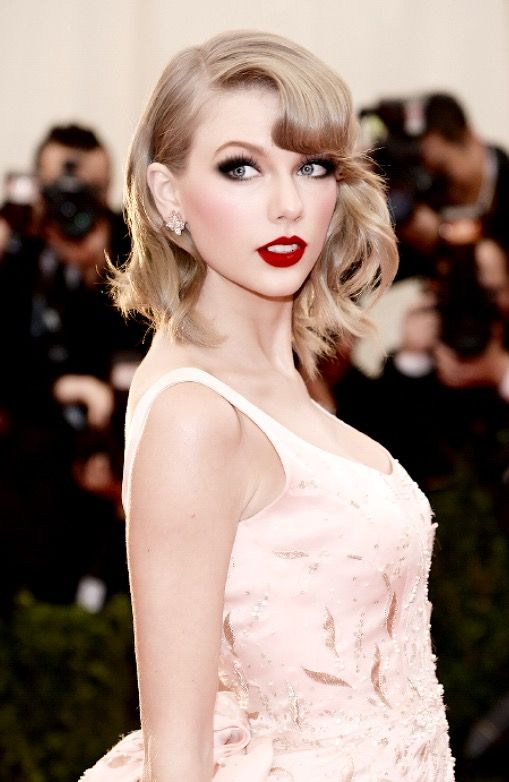 Pin by Peter McLeland on Taylor Swift Two   Met gala 2014 ...