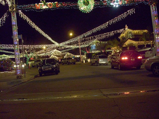 thinking of doing a santa clarita christmas light tour with the kids this december scv has the best of anywhere ive ever seen ash court saugus ca - Christmas Lights In Santa Clarita