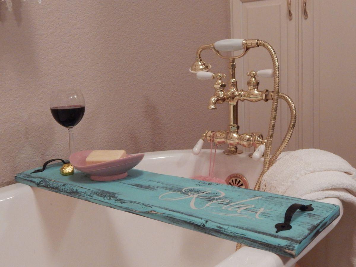 des plateaux de baignoire r aliser soi m me pour plus de confort id es baignoire plateau. Black Bedroom Furniture Sets. Home Design Ideas