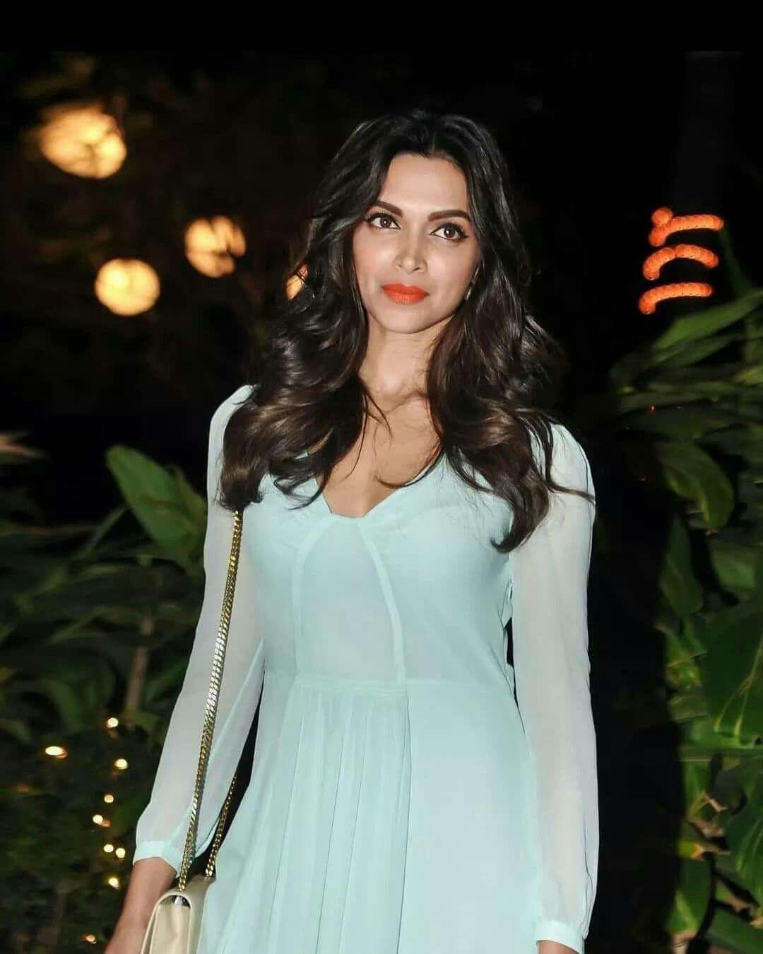 Deepika...😍💚 | Deepika padukone style, Deepika hairstyles ...