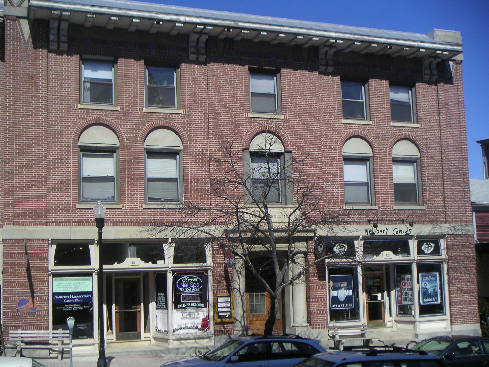 46 Main St Amherst Ma We Are Renting The Units Above The Commercial Space For June 1 Call Us To Sch Commercial Real Estate Real Estate Apartments For Rent