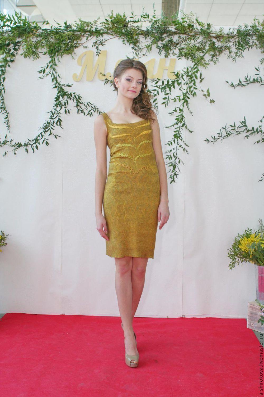 0625be949fe Платье из шерсти и шелка