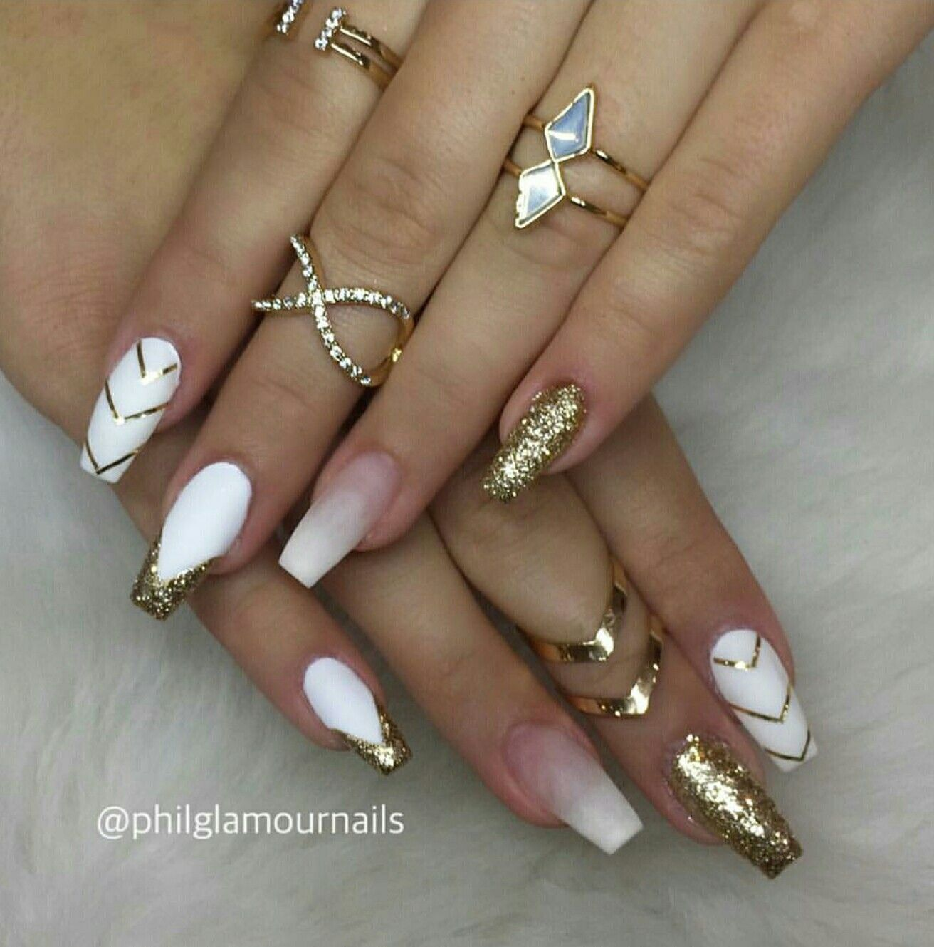 White And Gold Nails Tapered Square Nails Tapered Square Nails Gold Nails Gorgeous Nails