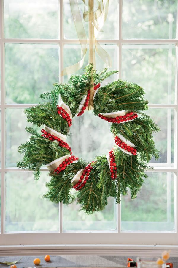 Decorate With Cranberries Evergreen, Decorating and Wreaths - southern living christmas decorations