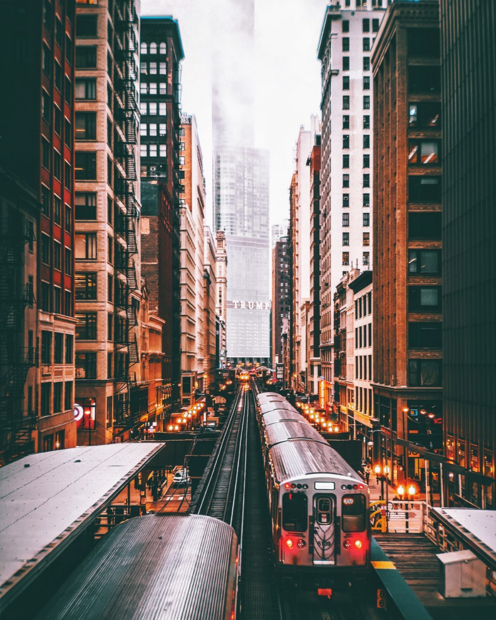 Neal Kumar's 8 Favorite Spots To Photograph Chicago - Moment