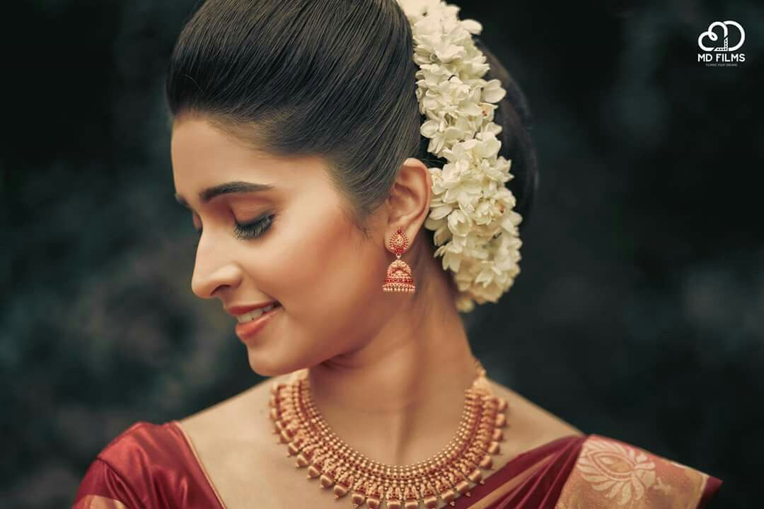 How To Maintain Your Wedding Hairstyle: Pin By Alphonsa Thomas On Kerala Bride