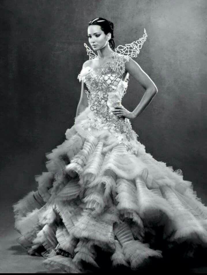 Katniss as bride :(