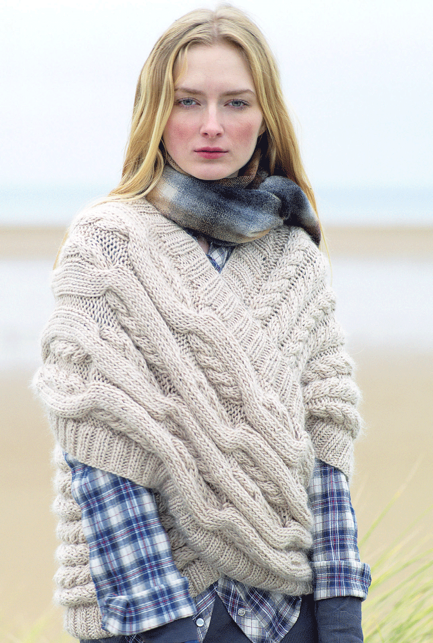 Tejidos - Knitted 2 - Cabled Loop Wrap - Free Knitted Pattern ...