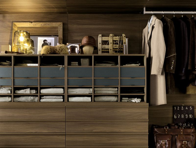 Eleven Lust-Worthy Closets & Dressing Rooms