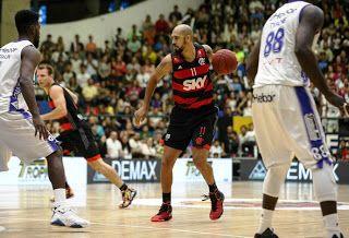 Blog Esportivo do Suíço: Flamengo vence Mogi e leva decisão de série semifinal para Jogo 5 do NBB