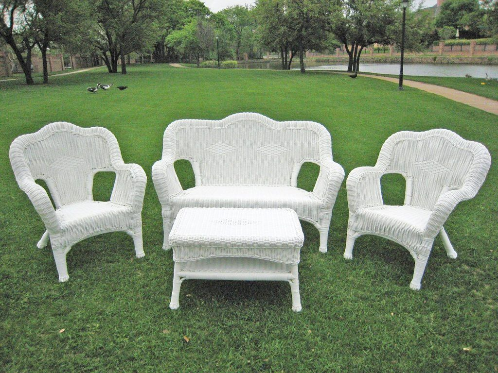 Outdoor Seating Group 4 Piece Resin Wicker Steel Maui