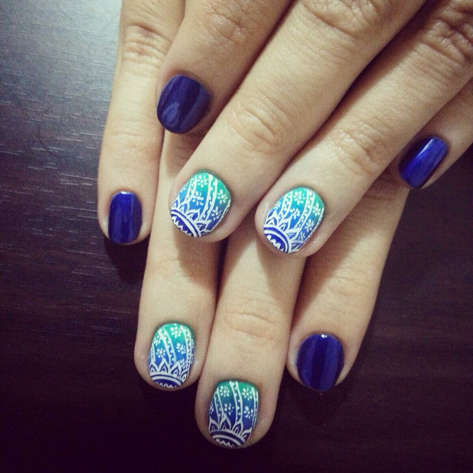 Ombre mandala in blue | Nails | Pinterest | Diamond nails and Ombre