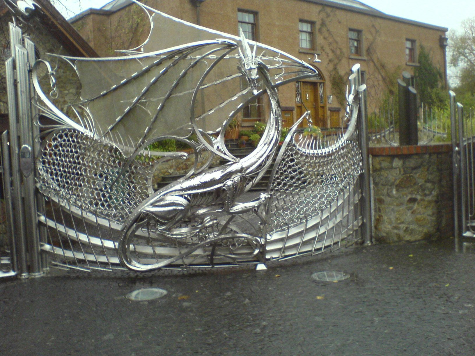 Possibly Coolest Fence Style Gate Garden Gates Dragon Artwork