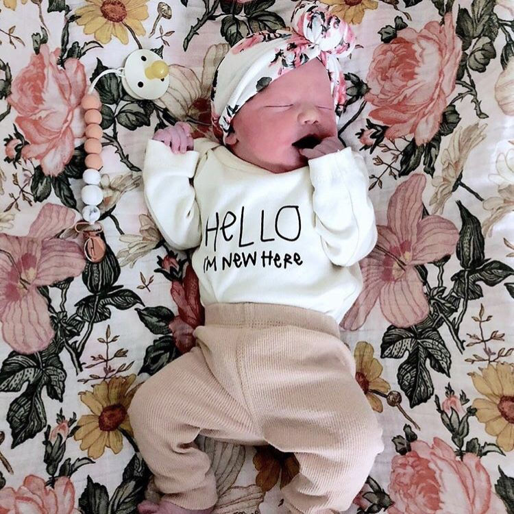 "/""Hello I/'m New Here/"" cute boy girl baby onesieonesie unisex 1-piece body suit"