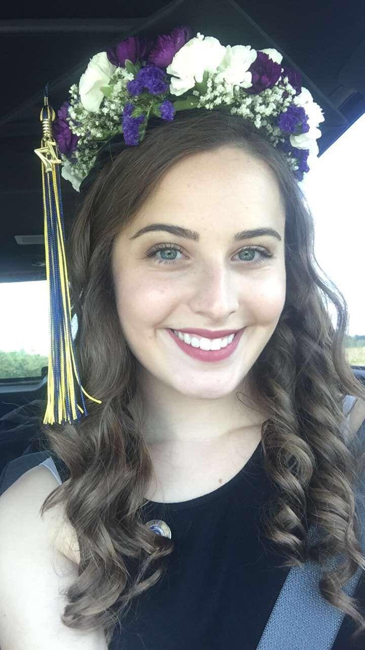 Graduation Cap Flower Crown Feeling Like Martha Stewart Pinterest