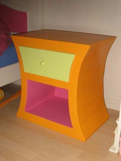 Chevet Enfant Creation Meuble En Carton De Creamumu N 19 702 Vue 9 426 Fois Muebles De Carton Muebles Habitacion Muebles