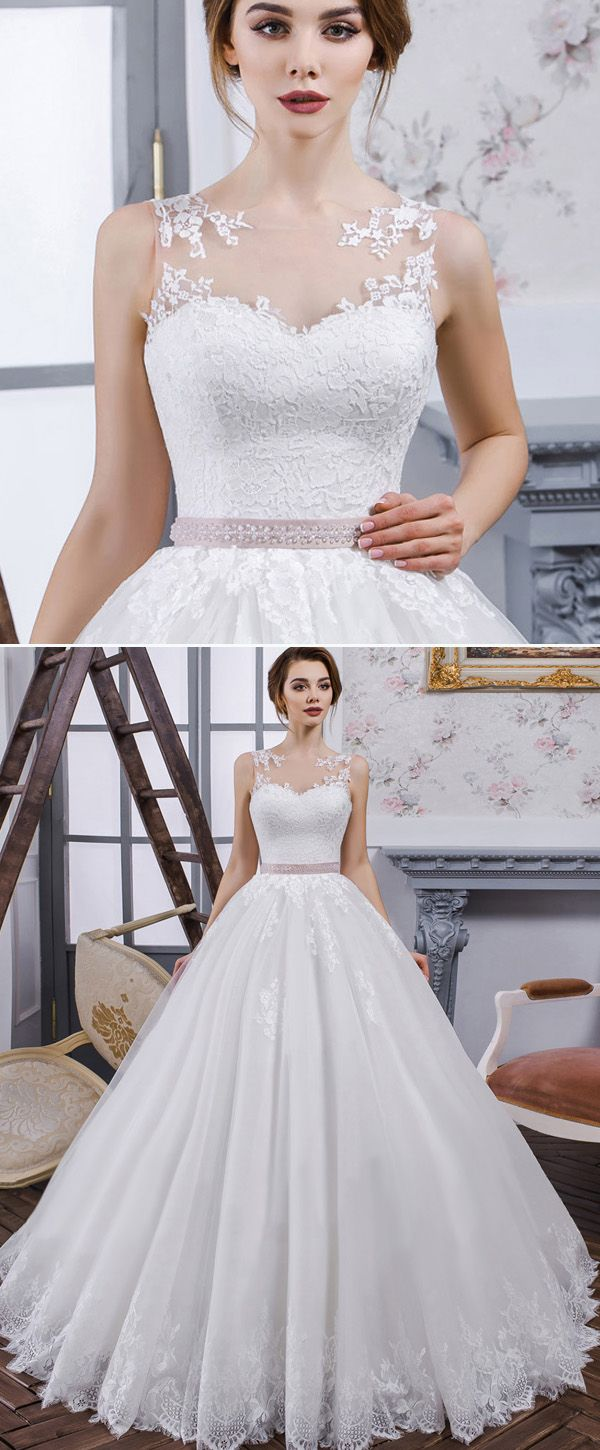 New chic tulle u organza jewel neckline ball gown wedding dress