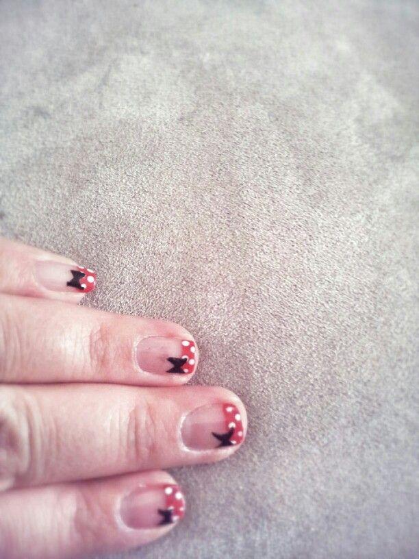 Minnie/mickey nails