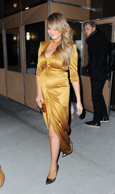 be5dce90d Tracking Chrissy Teigen s maternity style. Click through to see all of her  best looks