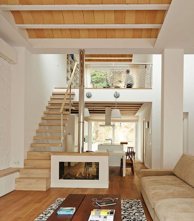 Sobrado moderno compacto e com planta invertida for Casa design moderno