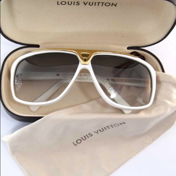 c81b7e8cd446 Spotted while shopping on Poshmark  Louis Vuitton Evidence new with box and  case!  poshmark  fashion  shopping  style  Louis Vuitton  Accessories