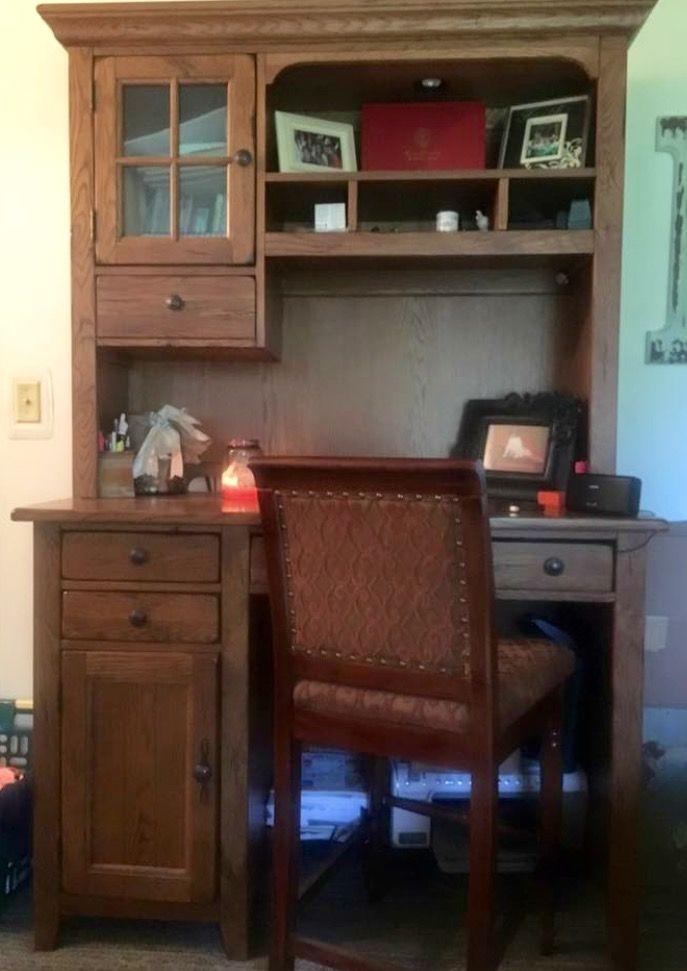 Broyhill Attic Heirlooms Desk In Oak Stain Bookcase Design Furniture Home Decor