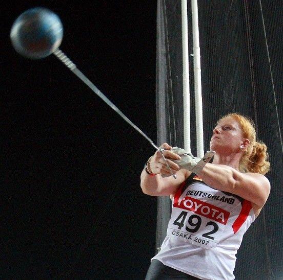 Athlete Hammer Thrower Betty Heidler Leichtathletik Hammerwurf Sport