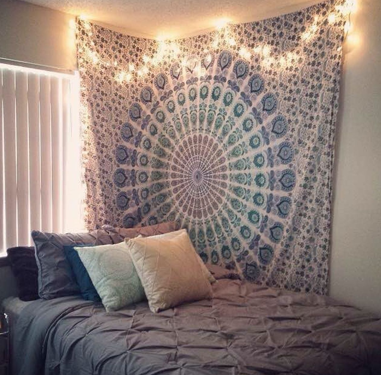 Where To Put Fairy Lights Bedroom