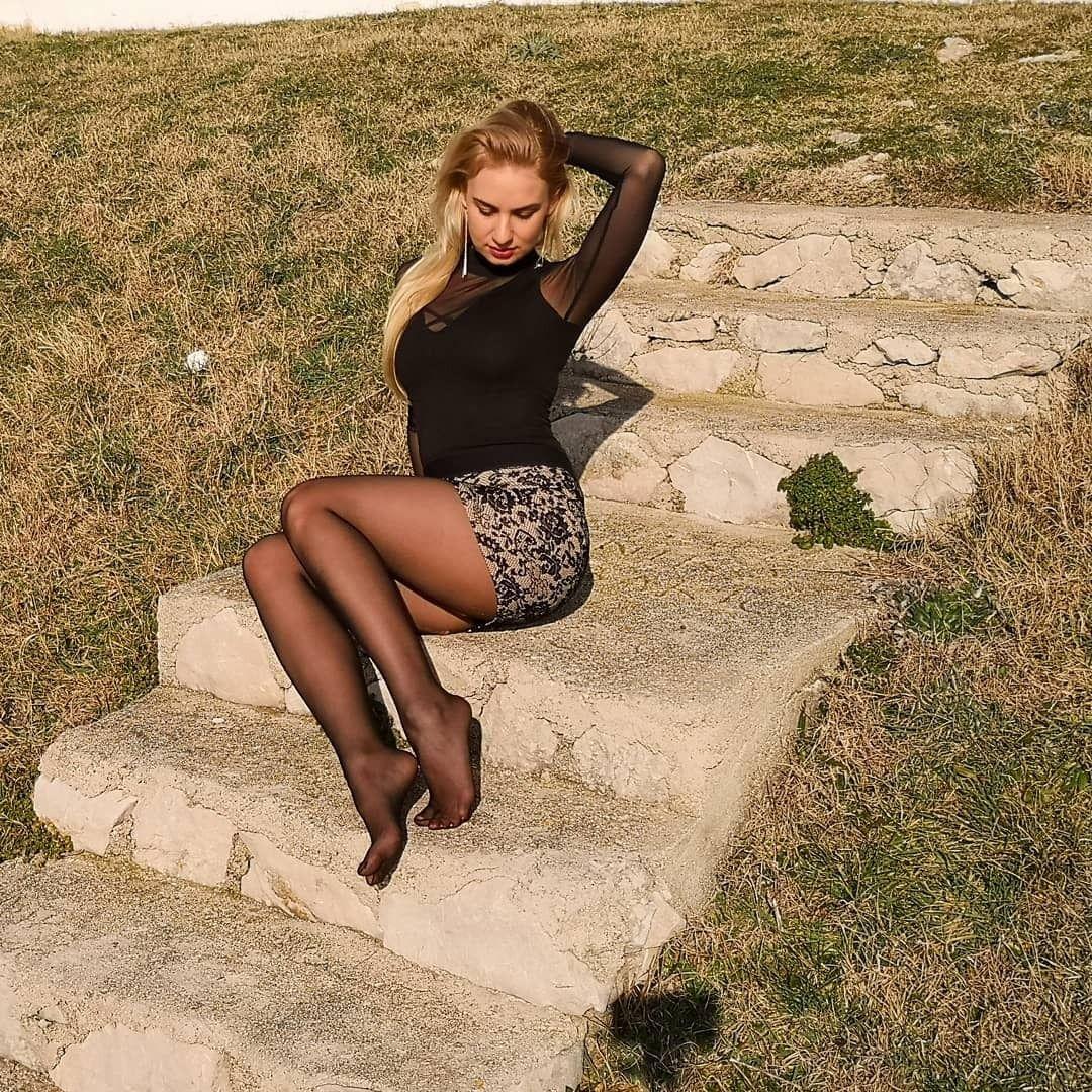 Russian pantyhose Women in