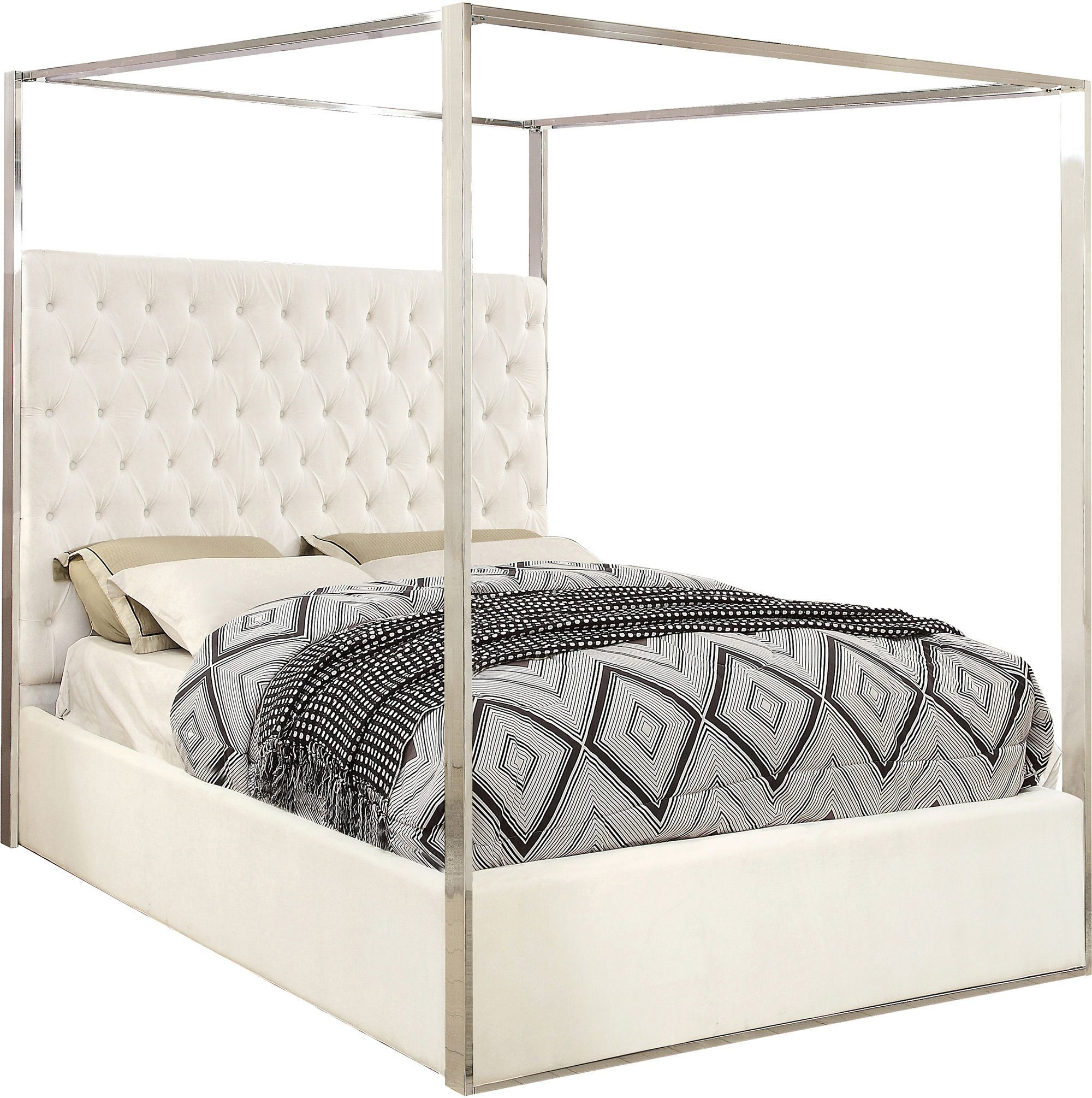 Porter White Queen Size Bed porter Meridian Furniture