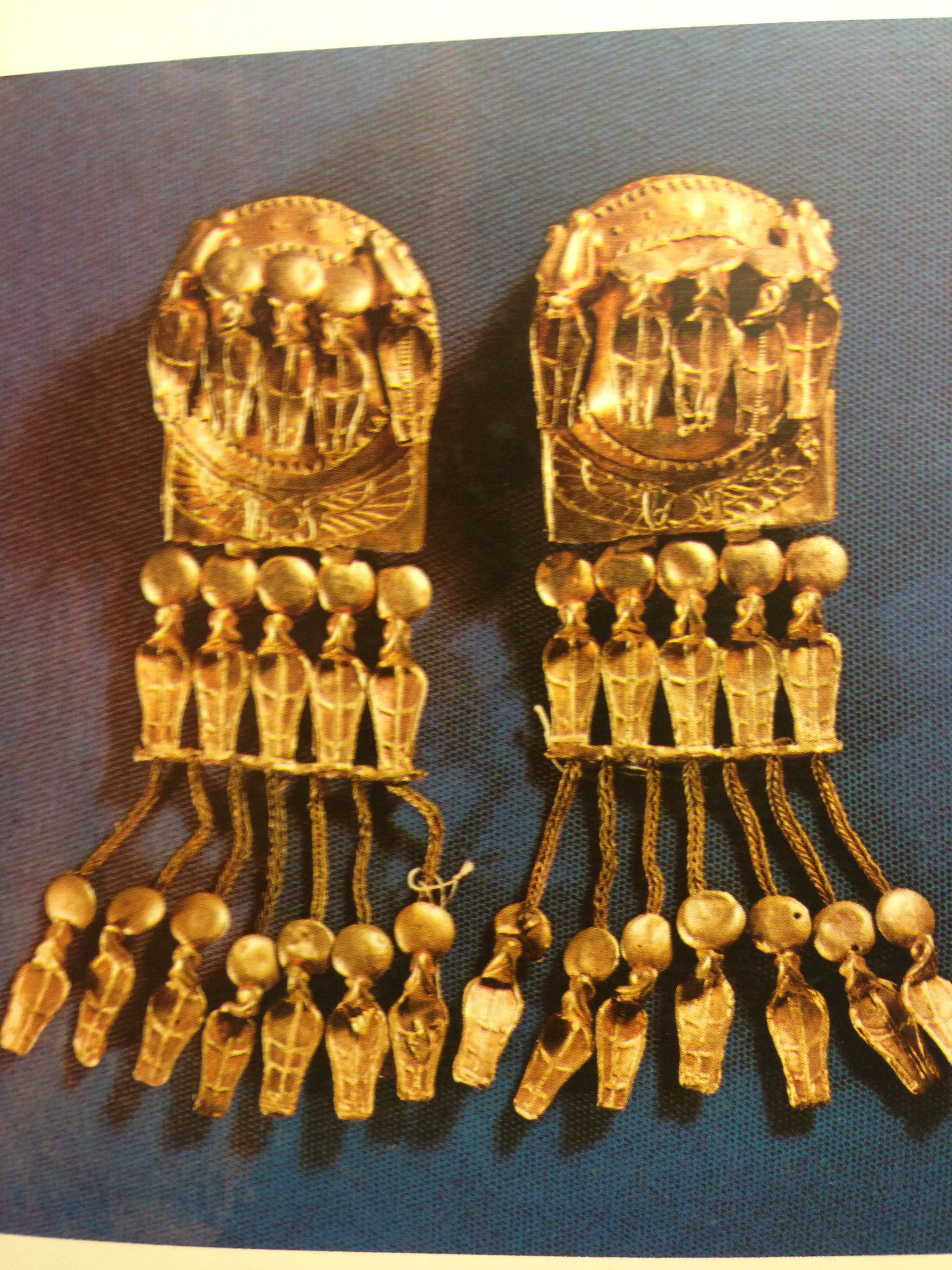 6026034b656e Pendientes egipcios.