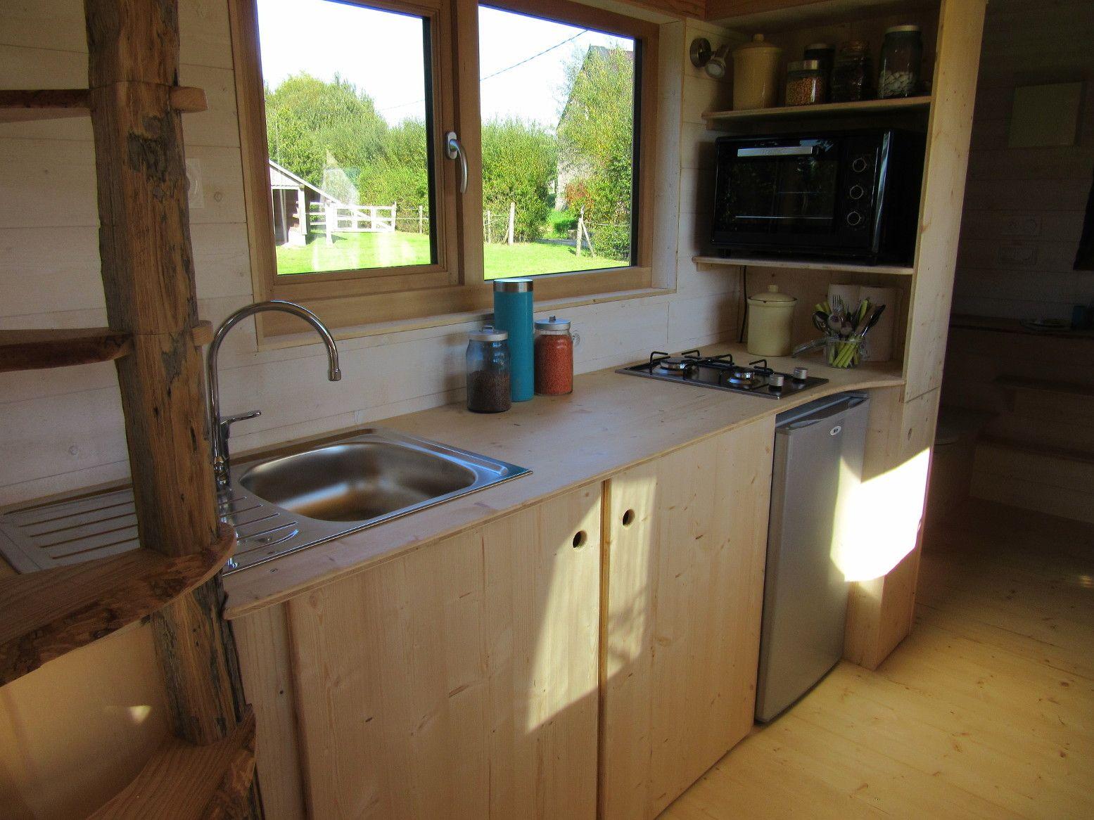 La Tiny House   Kitchen 2