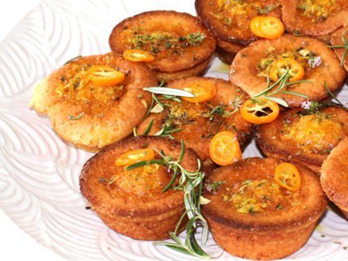 Matmuffins med rosmarin og timian