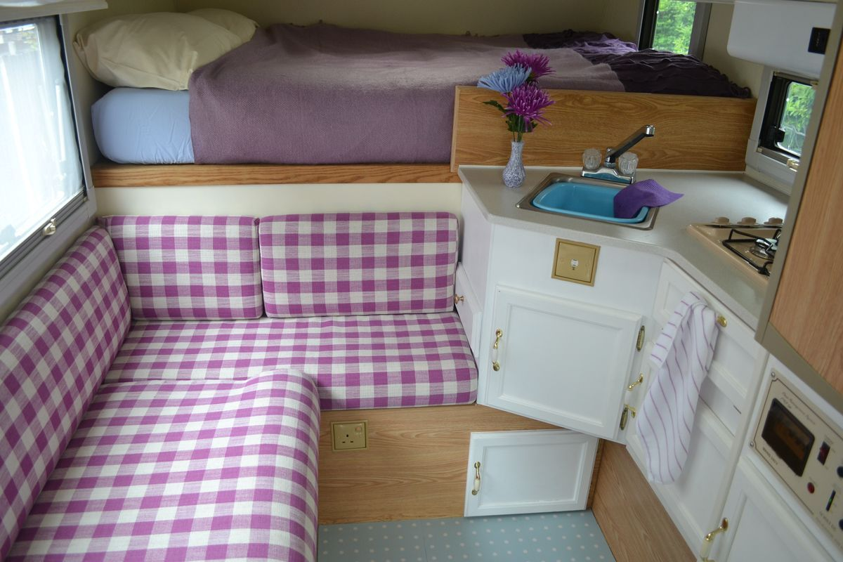 Small camper interior best eeabfbaacecceac pixels rv livin pic of small camper interior