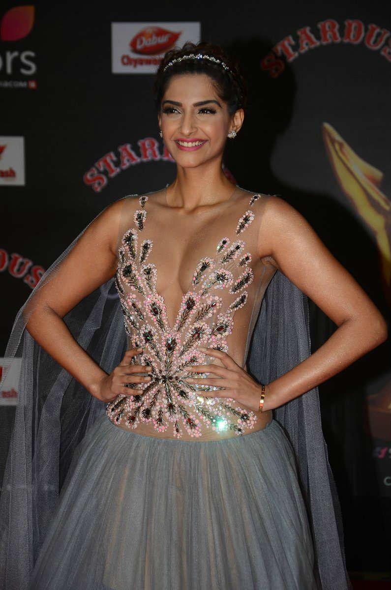 Sonam Kapoor In Sizzling Curvy Transparent Gown Stills | Sonam ...