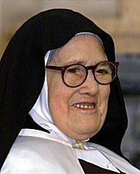 Sister Lucia of Fatima, 12 famous quotes about The Holy Rosary