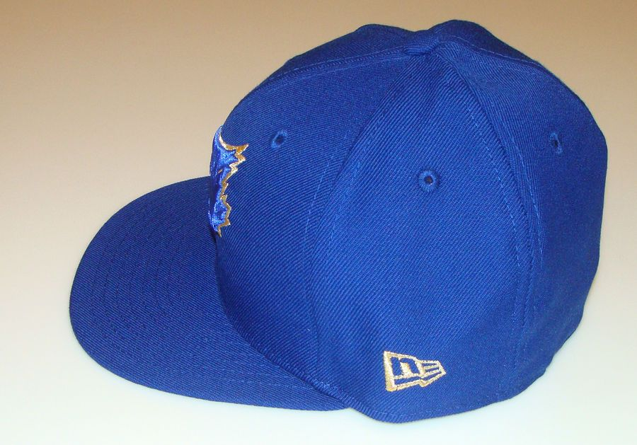 06448cceeca New Era Toronto Blue Jays 59fifty 7 3 4 Cap Hat MLB 59th Anniversary Gold  Emblem Jays fifty Era