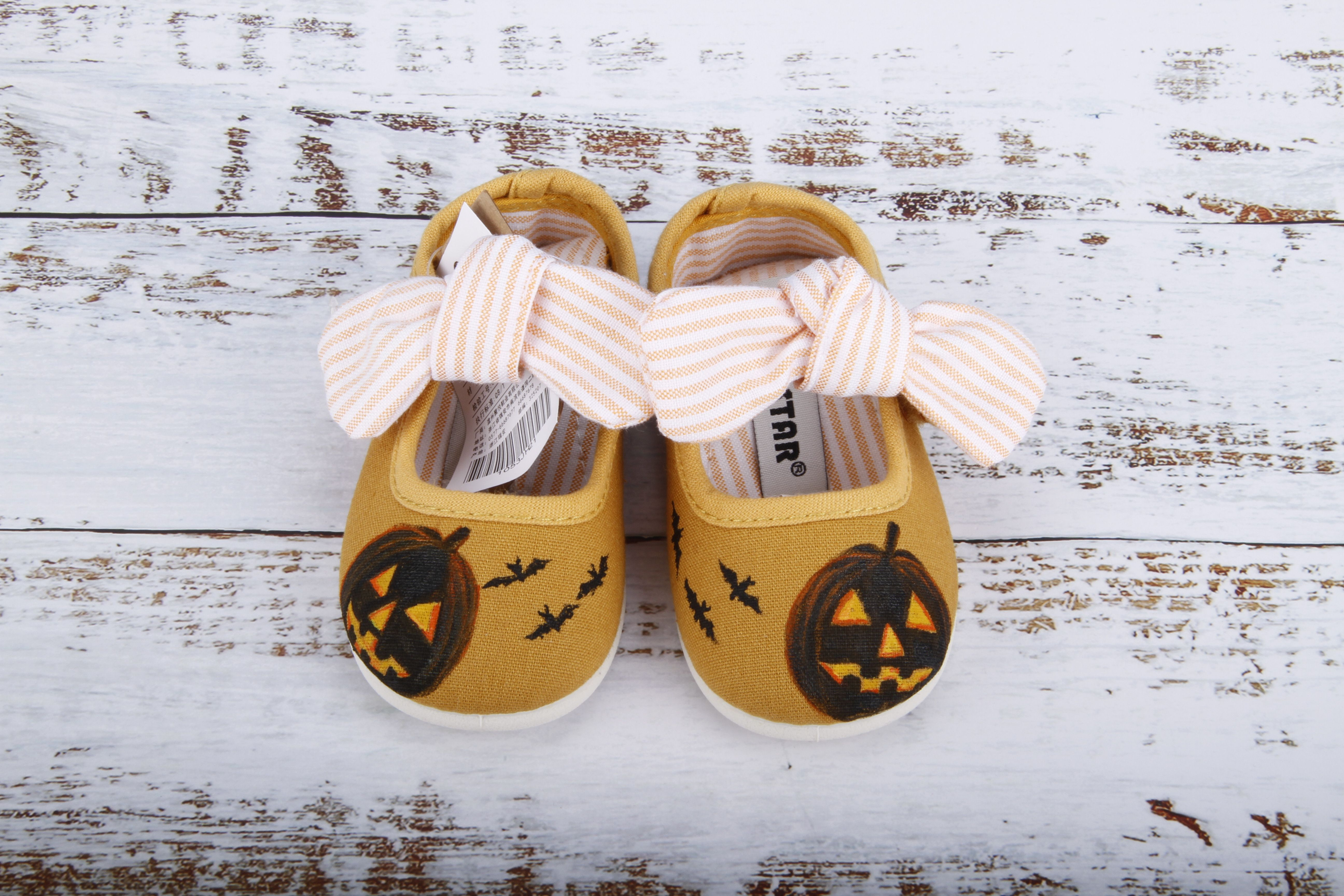 b2fefd97f19e6 Hand Painted Halloween Pumpkin Costume Shoes for Baby and Toddler ...