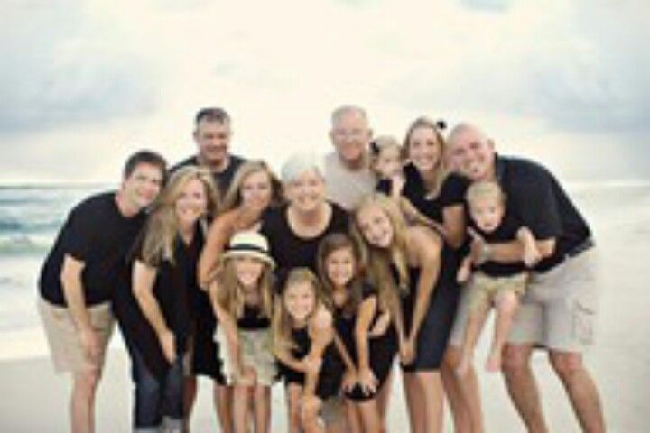 Cute Large Family Photo Colors Co Ordinated Family Photo Pose
