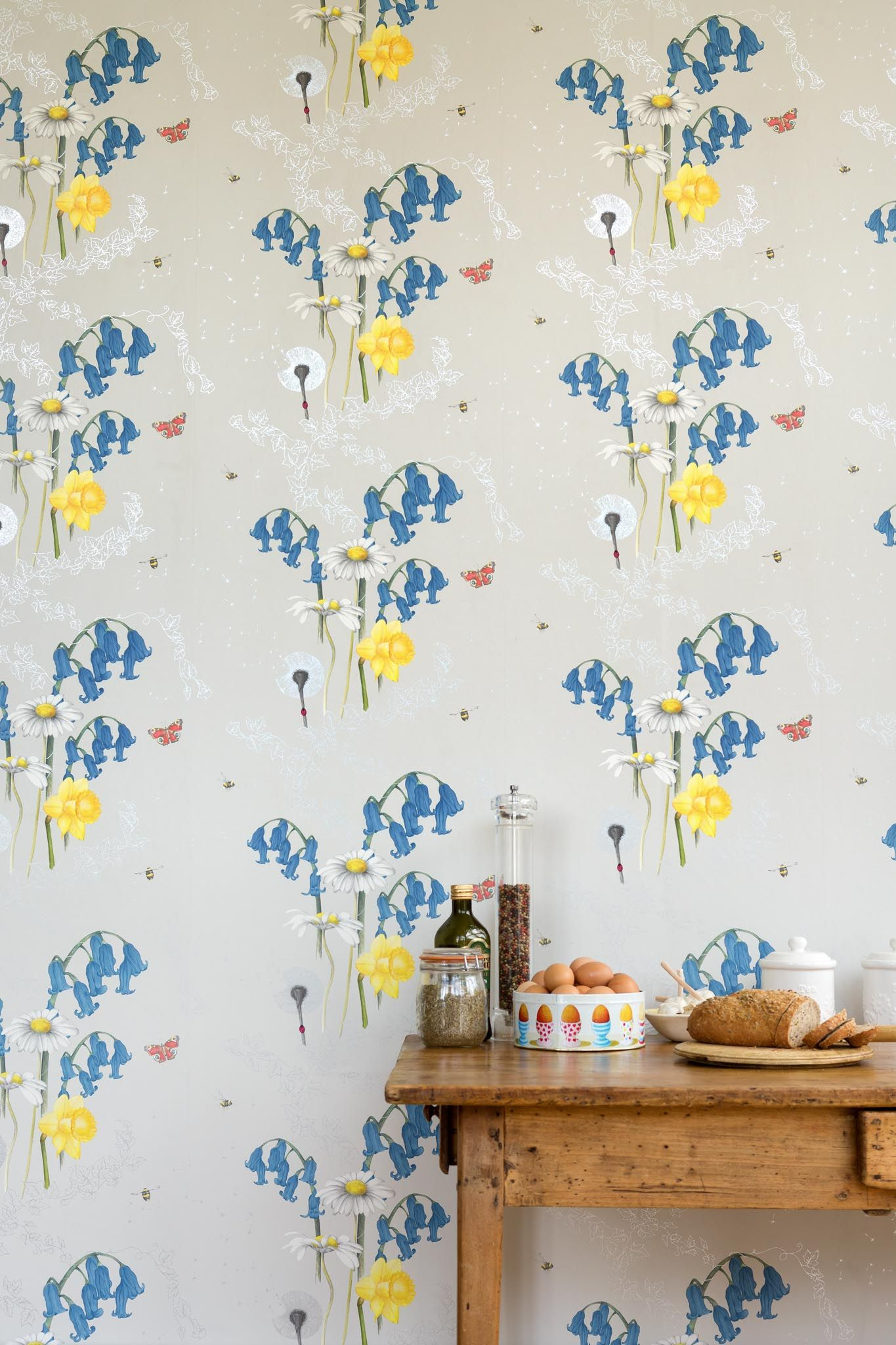 Juliet Travers Ltd - The Albion wallpaper collection will be launching at Decorex '15. The collection has been inspired by animals and nature from around the British Isles [Secret Garden 01]  http://www.juliettravers.com/