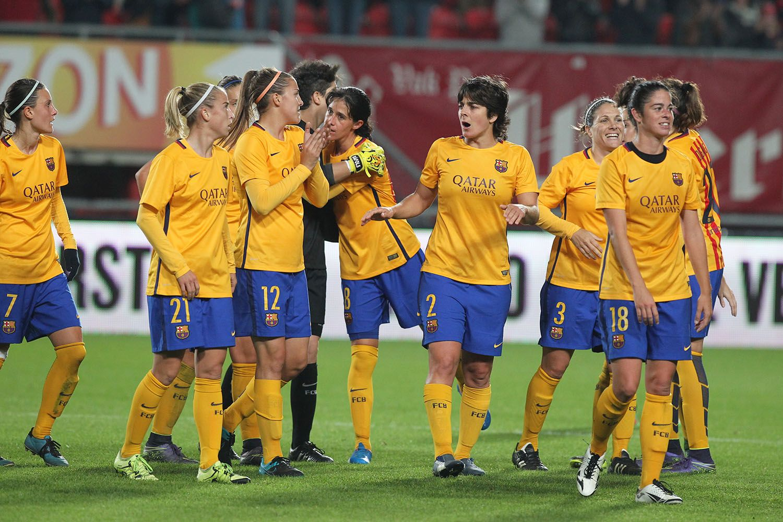Pin en fútbol femenino
