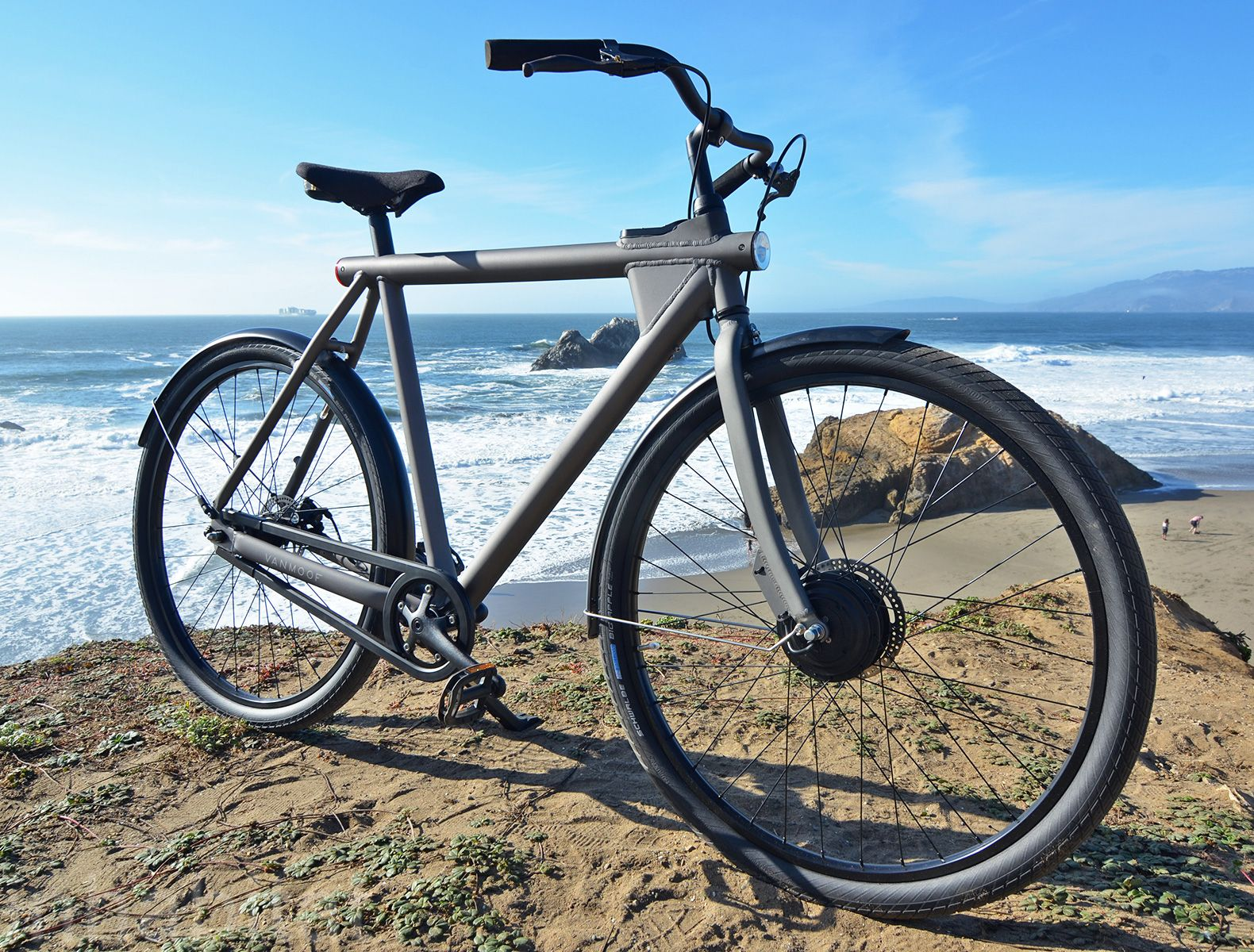 The Vanmoof Electrified Is A Smart Stylish And Stealthy Electric