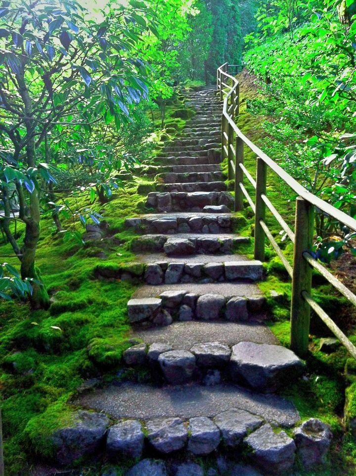 Best River Stone Garden Designs Garden Stairs Steep Gardens 400 x 300